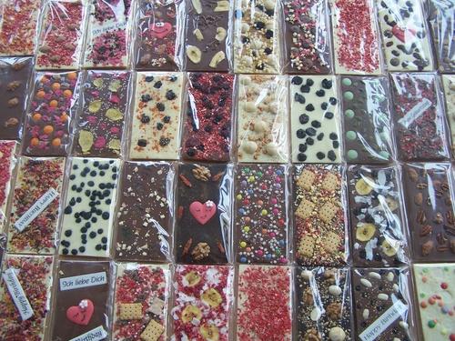 mehrere chocri Schokoladentafeln