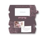 Modernes fliederfarbenes Design für Eure Hochzeits-Schokolade