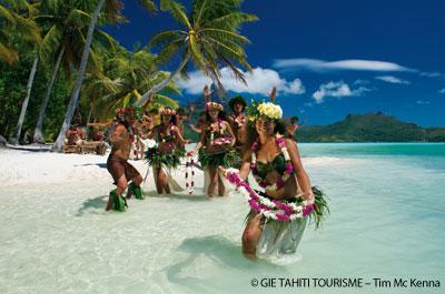 Tahiti Meer by Tim Mc Kenna