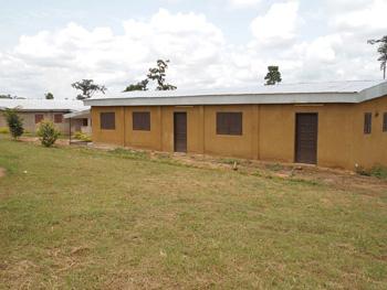 Die neuen Schlaf- und Funktionsgebäude des Heims
